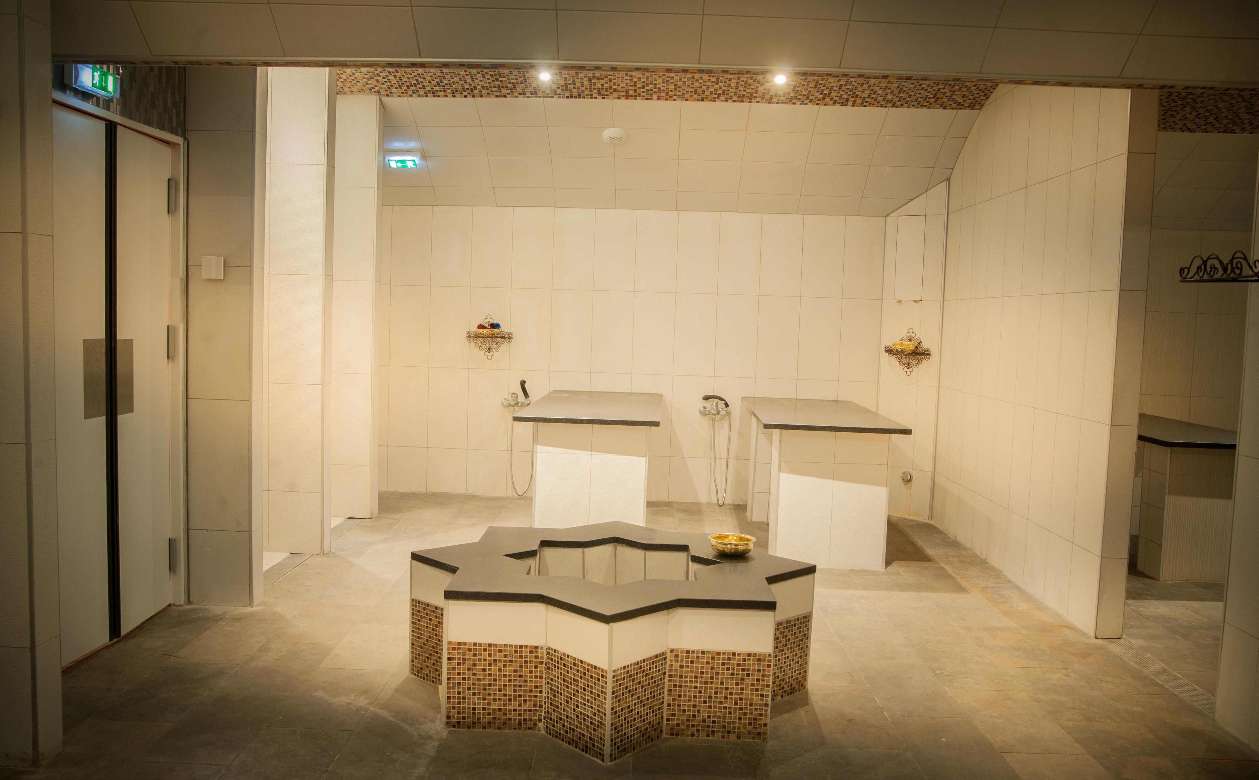 hammam najma 93200 saint denis. Black Bedroom Furniture Sets. Home Design Ideas
